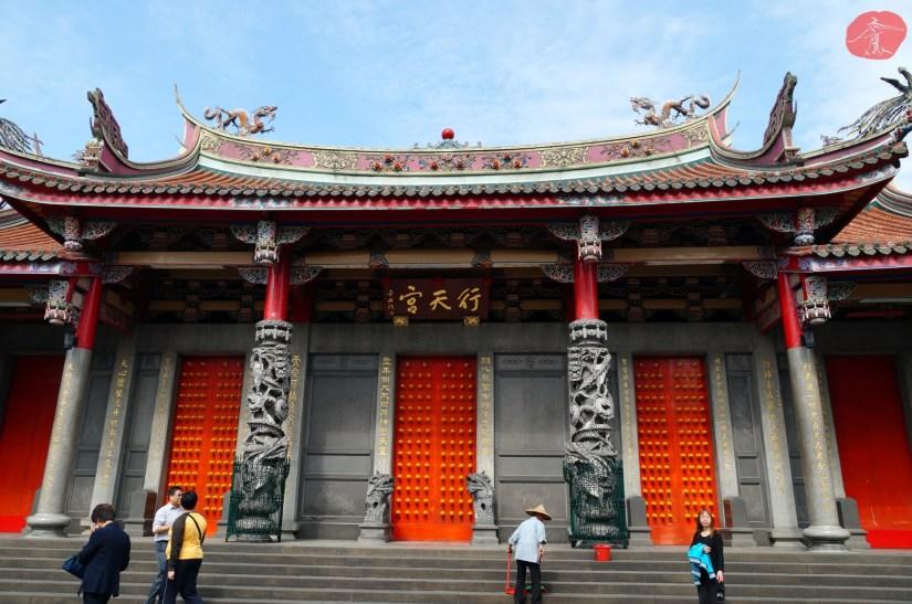 Temple_6959_03_comser4128.JPG