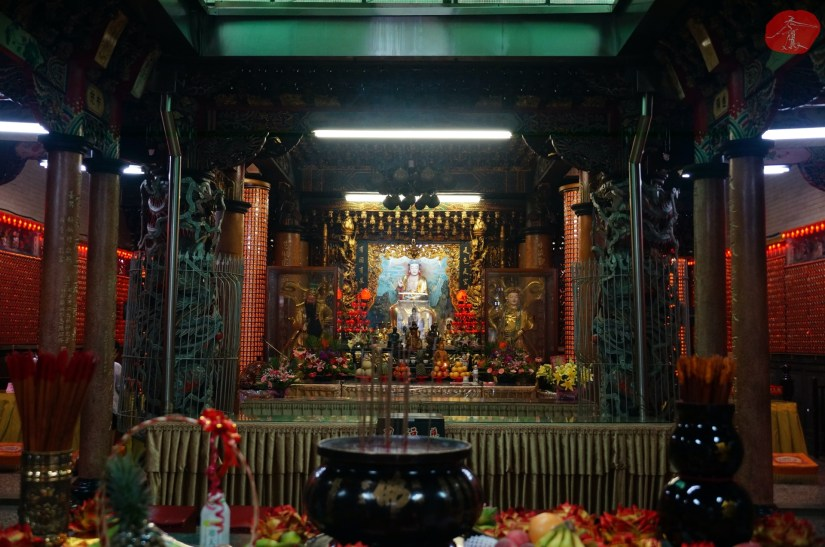 Temple_6964_06_comser3325.JPG