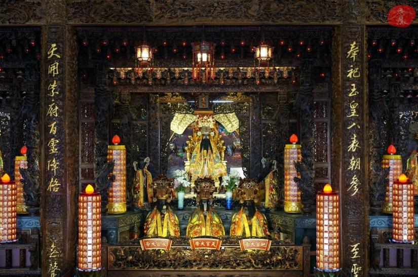 Temple_6980_05_comser4213.JPG