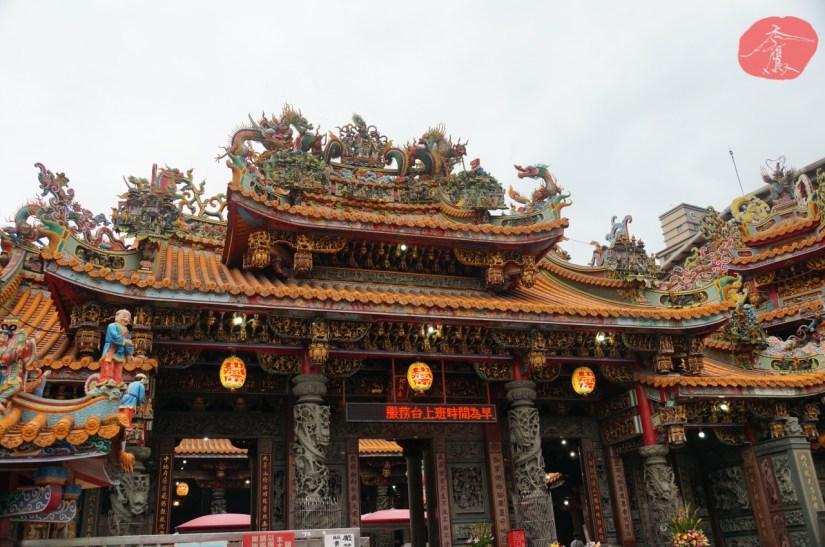 Temple_7103_02_comser4497.JPG