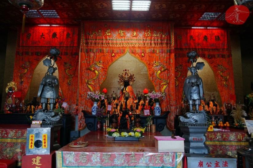7463_4114_003_Temple.JPG