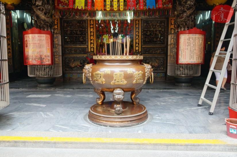 7478_4359_003_Temple.JPG