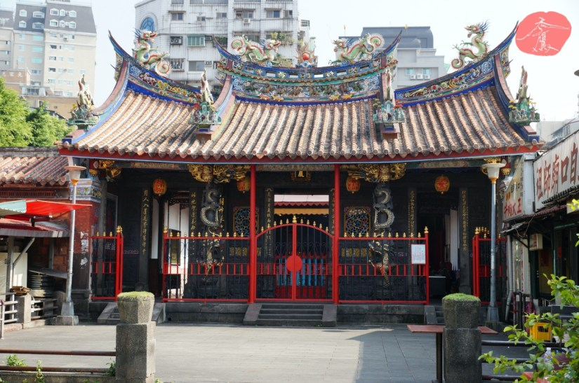 7595_4202_003_Temple.JPG