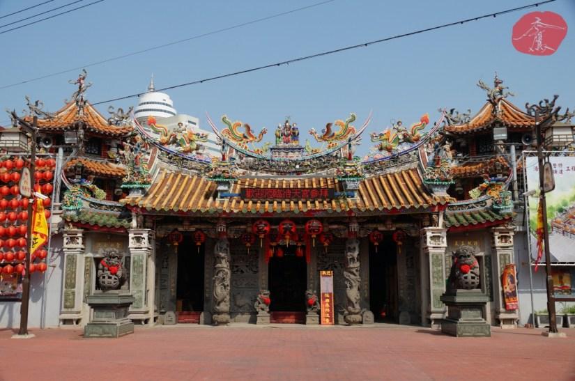 7610_3655_002_Temple.JPG