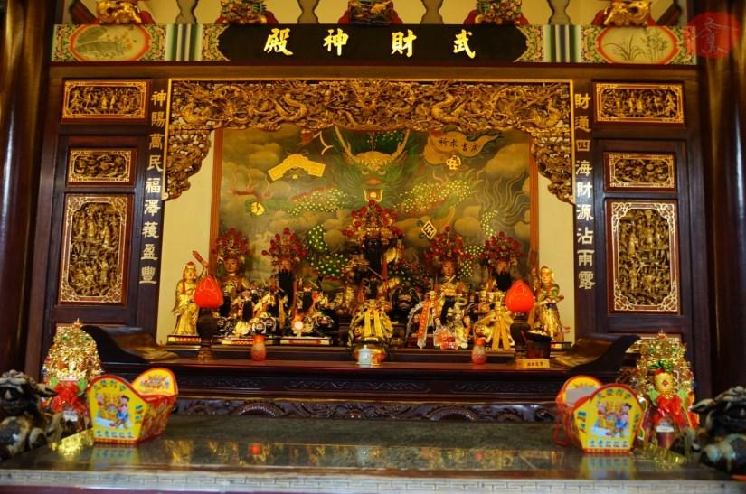 7835_8423_016_Temple.JPG