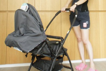 [BABY] 木木兒的嬰兒車開箱文-Aprica Karoon 629