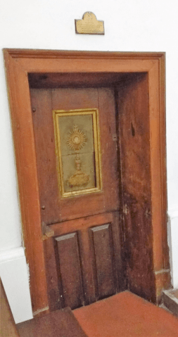 puerta del comulgatorio