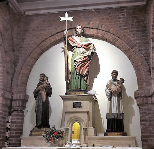saturnino y judas altar