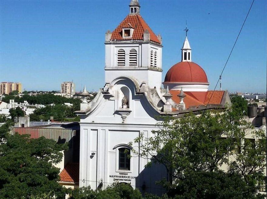 fachada con cupulas