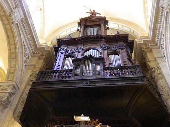organo-de-la-iglesia