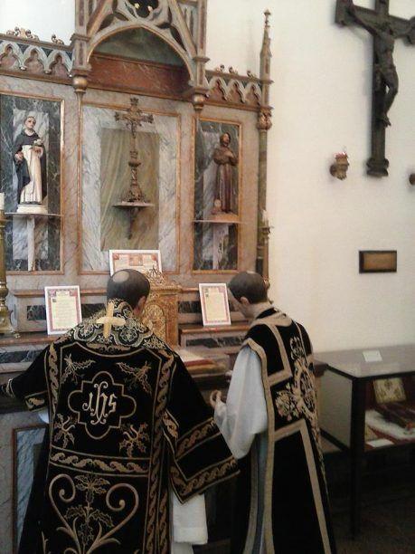 convento franciscano. Ba Iglesias