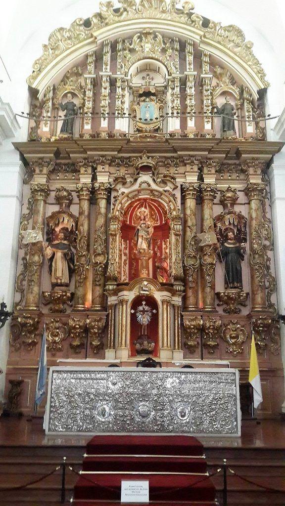 Nuestra Señora del Pilar Altar Mayor