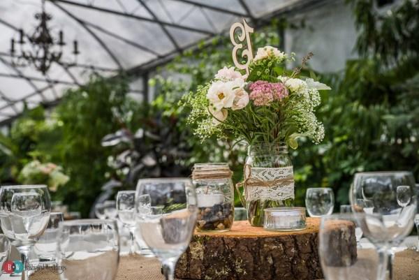 Centrepieces the bride and groom setup