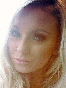 Plan baise sur Manosque avec une blonde soumise