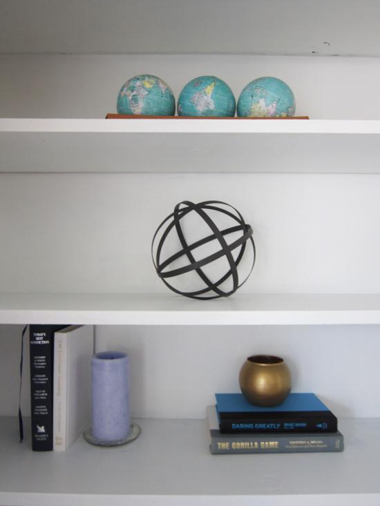 SP-neat-book-shelves-550x733