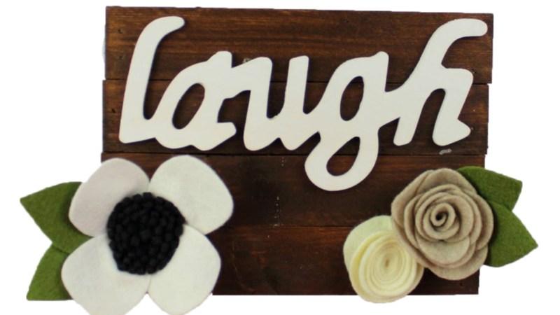 DIY Floral Pallet Sign