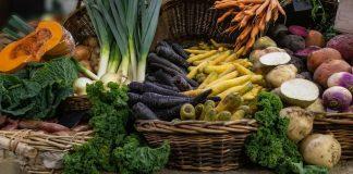Un plan de comidas bajas en carbohidratos y un menú para mejorar su salud