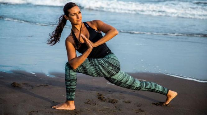 se puede perder peso haciendo yoga