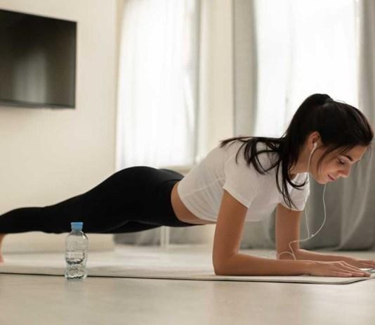 6 Ejercicios para hacer en casa y mantener una rutina agradable 6 Exercises to do at home and maintain a pleasant routine