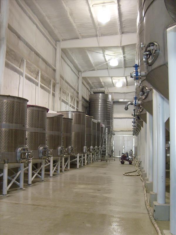 Vinícola LA Cetto, tanques para vinos de reserva
