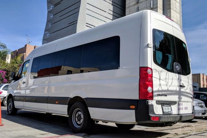 Transporte Van Crafter o Sprinter, 19 pasajeros. Traslados en Tijuana, Enseada y Valle de Guadalupe.