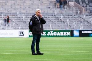 150425 Hammarbys tränare Nanne Bergstrand under fotbollsmatchen i Allsvenskan mellan Hammarby och Åtvidaberg den 25 april 2015 i Stockholm. ©Andreas L Eriksson