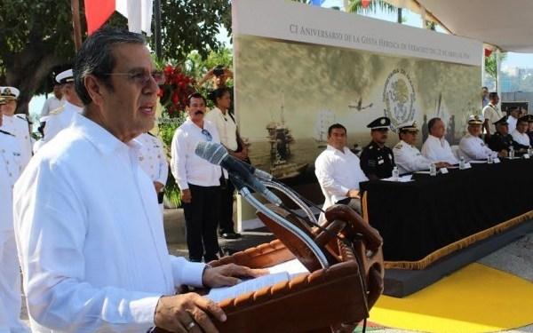 Participa Rogelio Ortega en la ceremonia por el 101 Aniversario de la Gesta Heroica de Veracruz 3