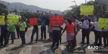 Bloqueo en Acapulco por maestros de educación física 9