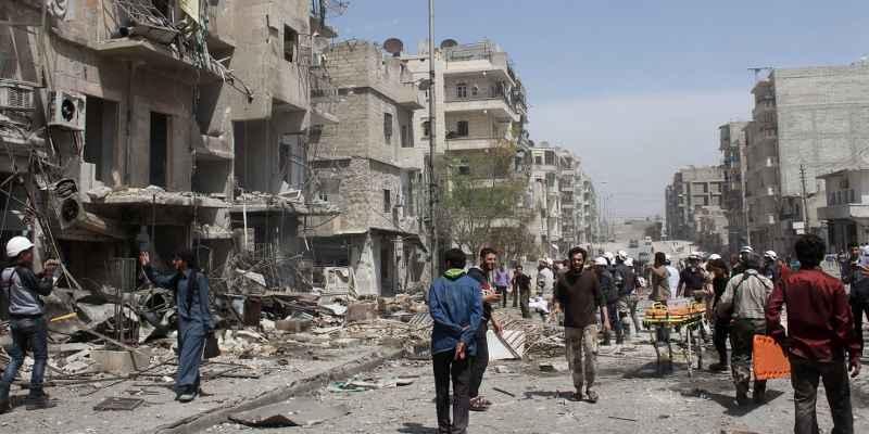 """Frena ayuda humanitaria en Siria la """"tregua"""" entre EEUU y Rusia"""