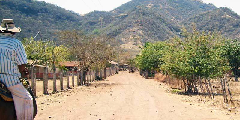 Violencia obliga a pobladores de Guerrero buscar asilo en EEUU