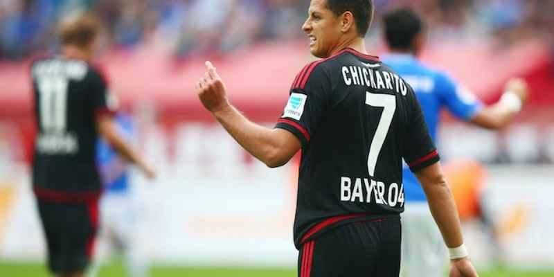 Bayer Leverkusen cae como visitante; Chicharito no anotó