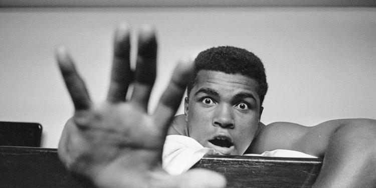 Algo hace diferente a Muhammad Ali en el Paseo de la Fama 1