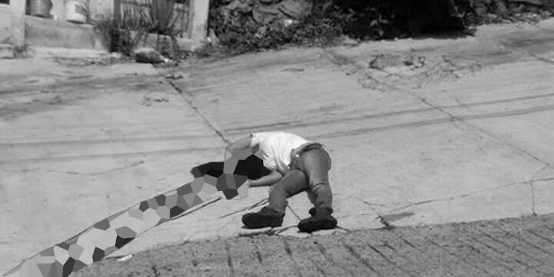 Asesinan a mujer en plena calle de Acapulco