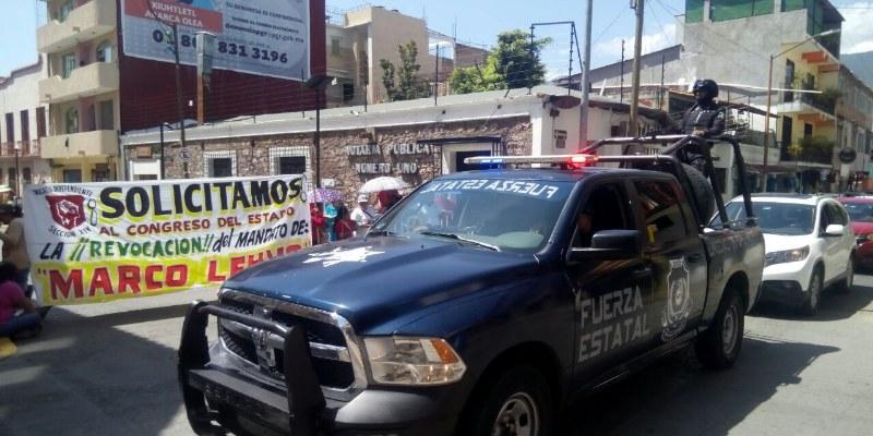 Liberan sindicalizados vialidades en Chilpancingo; intervino el gobernador