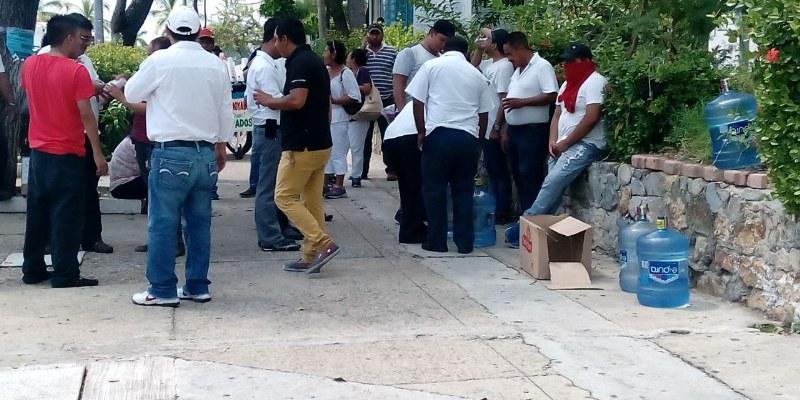 Transportistas-Ayotzinapa-2_800x400
