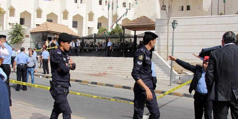 Asesinan a escritor jordano que publicó historieta sobre el Islam