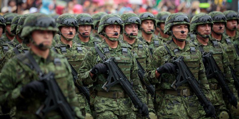 Cierra calles y estaciones en CDMX por desfile militar