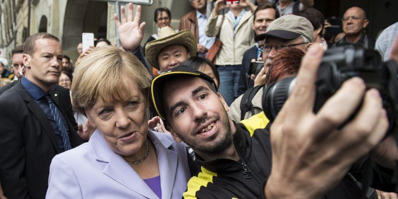 Con refugiados, Alemania seguirá siendo Alemania: Merkel