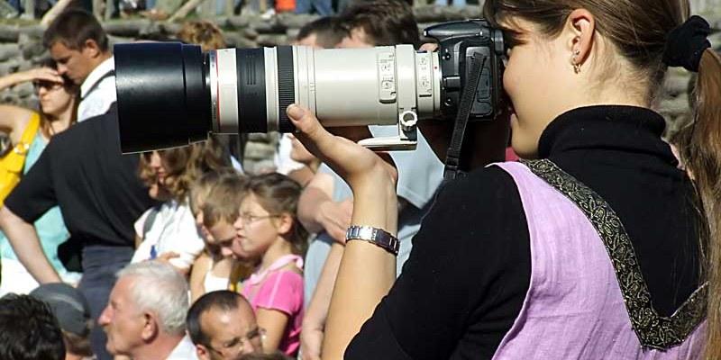 Día latinoamericano de la imagen de la mujer en los medios