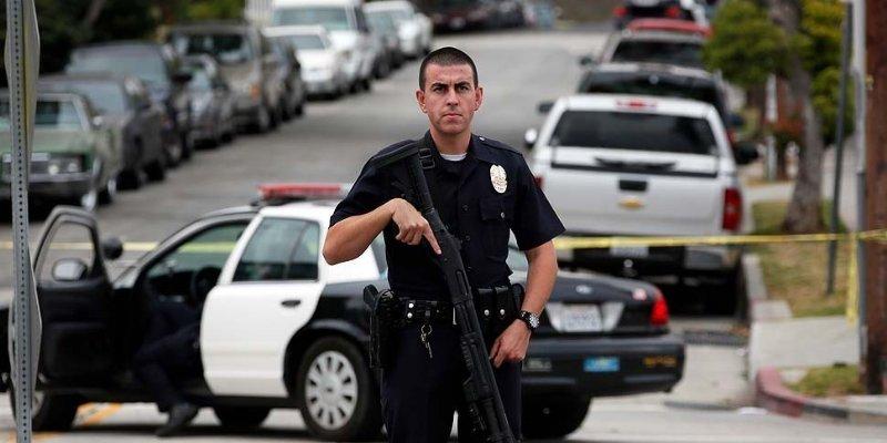 Premian a policías de Los Ángeles que actúen sin matar