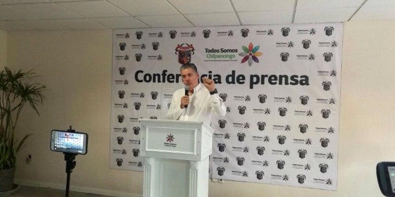 """""""Ocurrencia"""", pedir su renuncia, dice alcalde del violento Chilpancingo"""