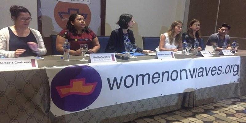 Activistas del barco del aborto