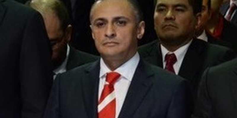 Catean casa de Carlos Aguirre, excolaborador de Javier Duarte