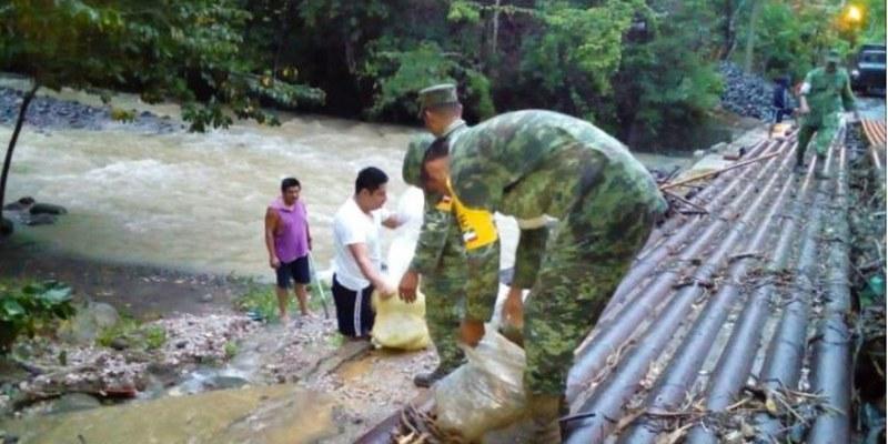 Intensas lluvias provocan derrumbes en Tabasco, aplican plan DN-III