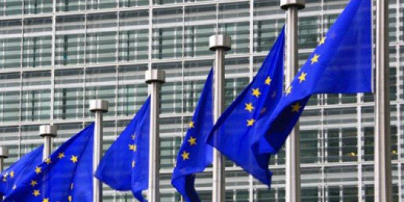 Déficit y deuda de Unión Europea caen a 1.7 por ciento en 2016