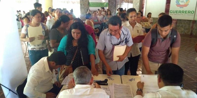 Guerrero: inicia proceso de renovación de becas sociales 2017