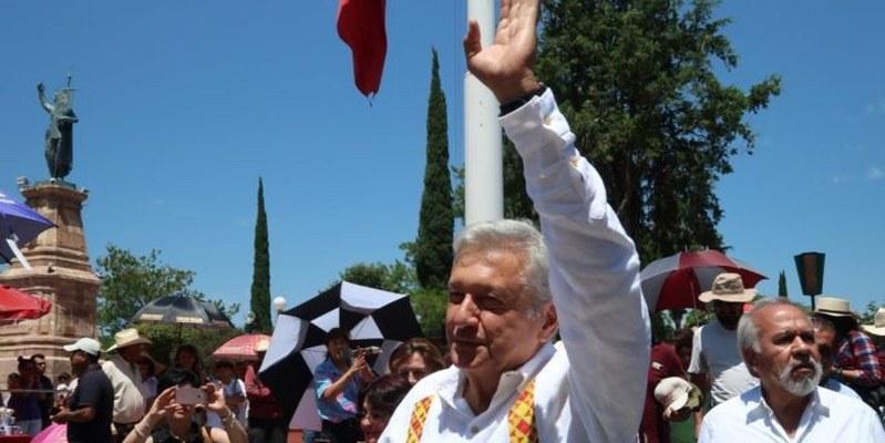 Congreso da más al Fobaproa y menos a damnificados: AMLO