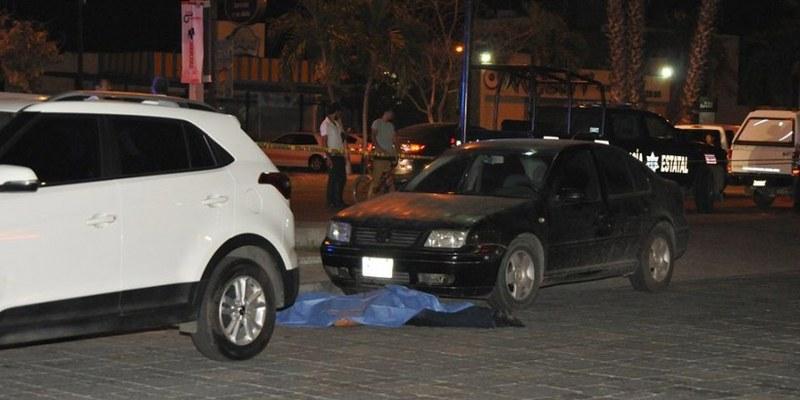 Lo asesinan cuando salía de un bar en Culiacán