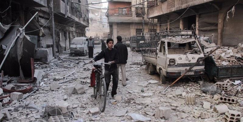 Siria : atentado con coche bomba deja al menos 26 muertos