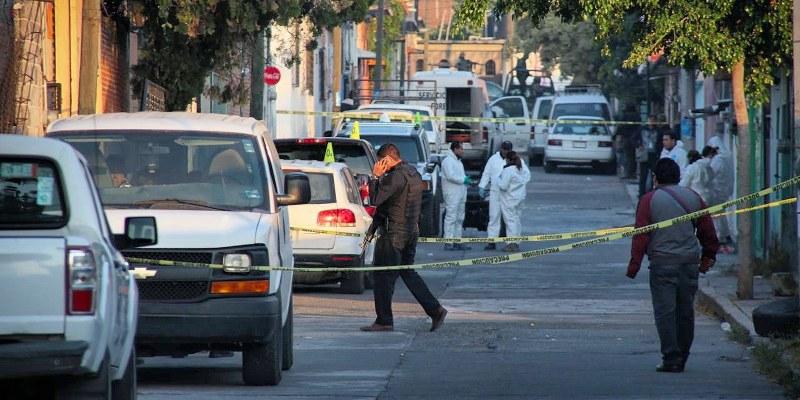 """Policía estatal acribilló a familia en Morelos... en """"fuego cruzado"""""""